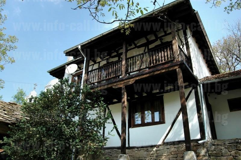 Хаджигабаревата къща - Къща за гости Дълбок дол, Троян