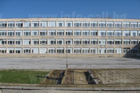 СОУ Д-р Петър Берон Тополовград - Средно общообразователно училище в Тополовград