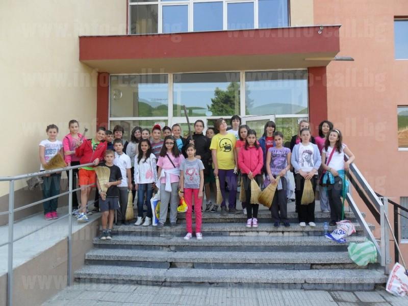 СОУ Свети Климент Охридски - Средно общообразователно училище в Пещера
